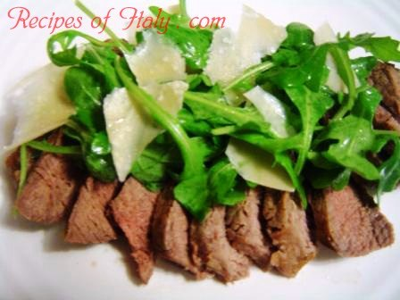 Sliced Steak with Arugula and Parmigiano | Recipes of Italy