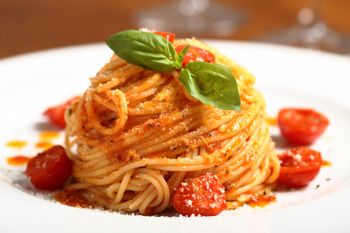 Spaghetti with Spicy Cherry Tomato Sauce Photo
